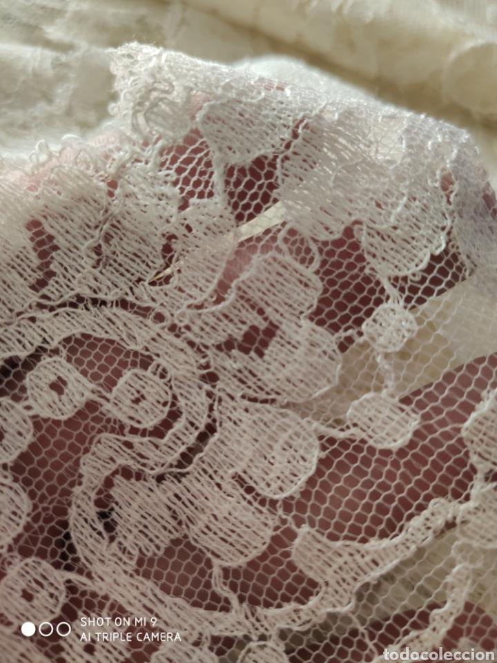 Antigüedades: PRECIOSA MANTILLA ESPAÑOLA COLOR PERLA NUEVA, (200X90) CENTIMETROS, IDEAL VIRGEN. - Foto 18 - 221364115