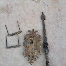 Antiquités: CERRADURA DE BRONCE. Lote 221380811