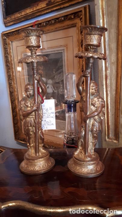 Antigüedades: Pareja de candelabros del siglo XIX. Estaño dorado. - Foto 2 - 221386825
