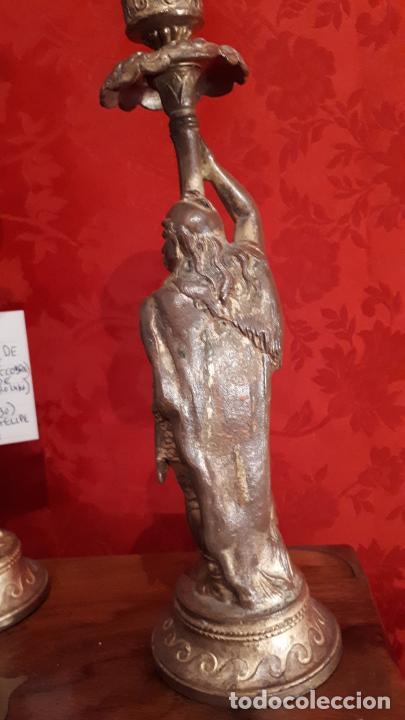 Antigüedades: Pareja de candelabros del siglo XIX. Estaño dorado. - Foto 8 - 221386825