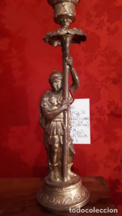 Antigüedades: Pareja de candelabros del siglo XIX. Estaño dorado. - Foto 10 - 221386825