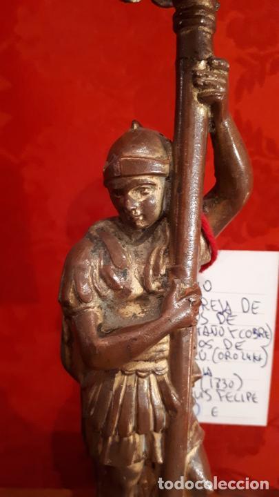 Antigüedades: Pareja de candelabros del siglo XIX. Estaño dorado. - Foto 12 - 221386825
