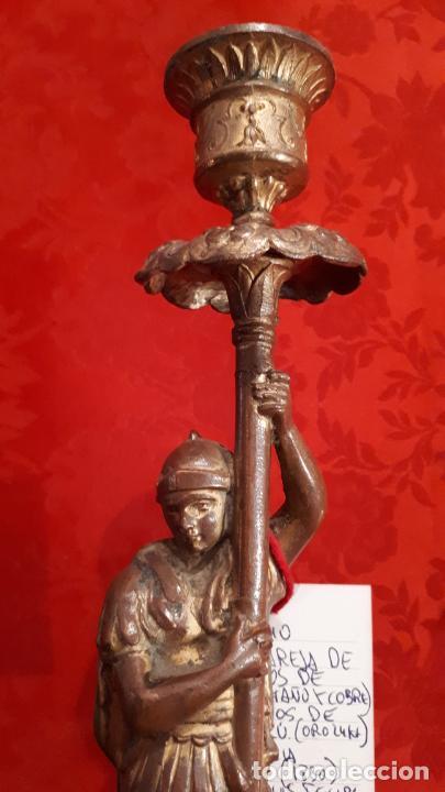 Antigüedades: Pareja de candelabros del siglo XIX. Estaño dorado. - Foto 13 - 221386825
