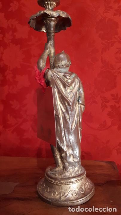 Antigüedades: Pareja de candelabros del siglo XIX. Estaño dorado. - Foto 14 - 221386825