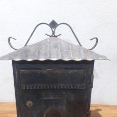 Antigüedades: BUZON EN LLERRO. Lote 221408721