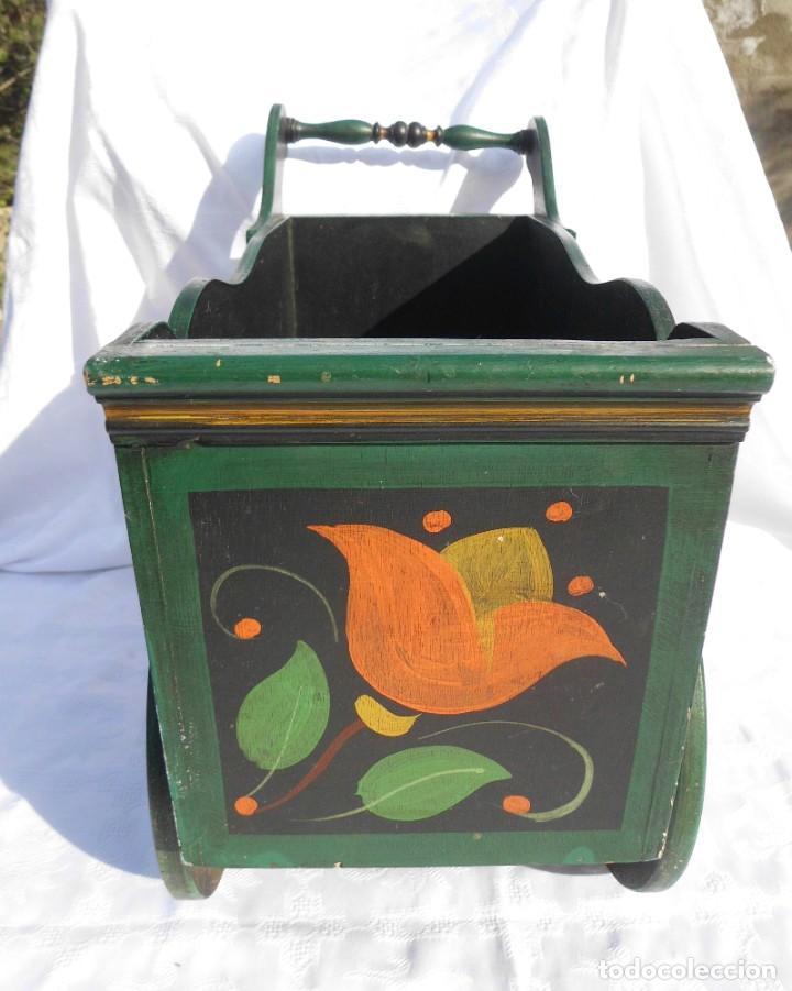 Antigüedades: Carrito de madera pintado a mano - Foto 4 - 221411180