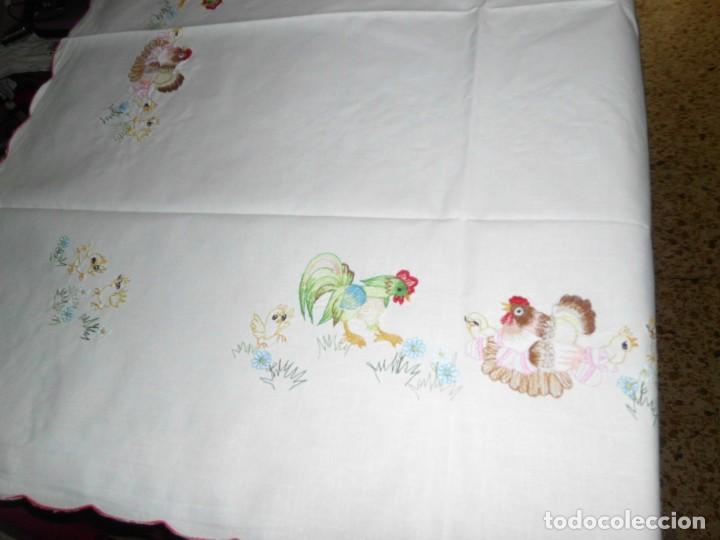 Antigüedades: Antiguo mantel de algodón bordados - Foto 2 - 221412608