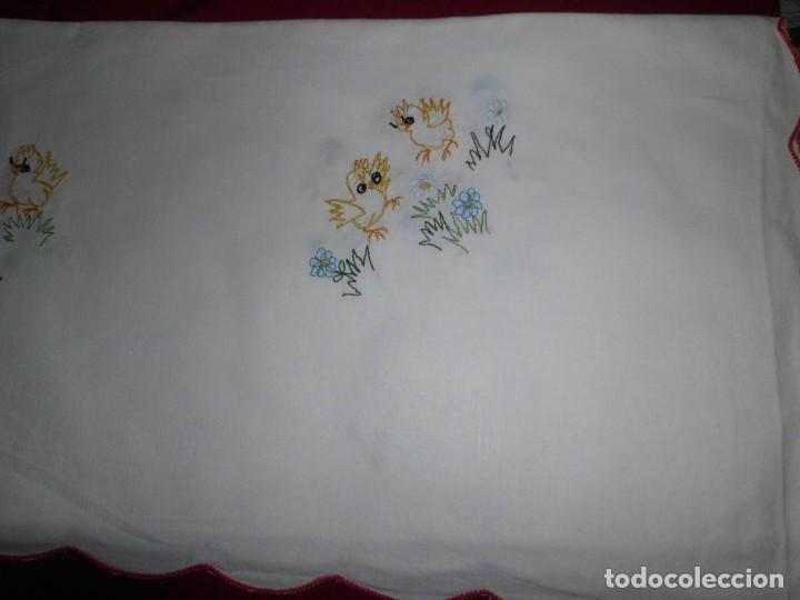 Antigüedades: Antiguo mantel de algodón bordados - Foto 7 - 221412608