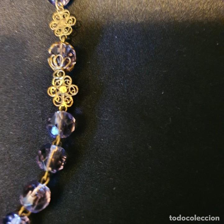Antigüedades: Precioso rosario de oro 18k con cuentas de cristal lila, mediados siglo XIX, caja original - Foto 8 - 221416517