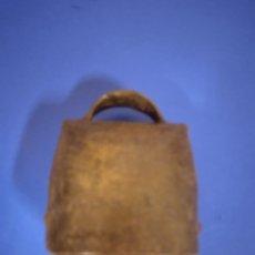 Antigüedades: ANTIGUO CENCERRO DE HIRRO. Lote 221417537