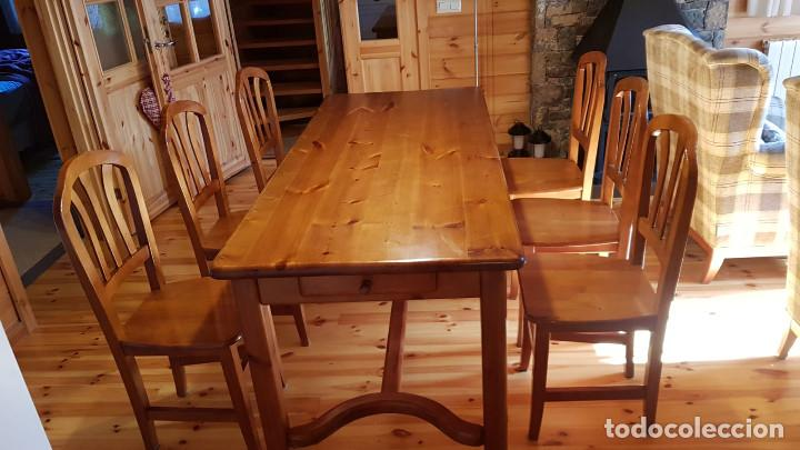 Antigüedades: Mueble comedor con mesa y seis sillas de pino blanco autentico, excelente conservacion. Solo recoger - Foto 2 - 221449435
