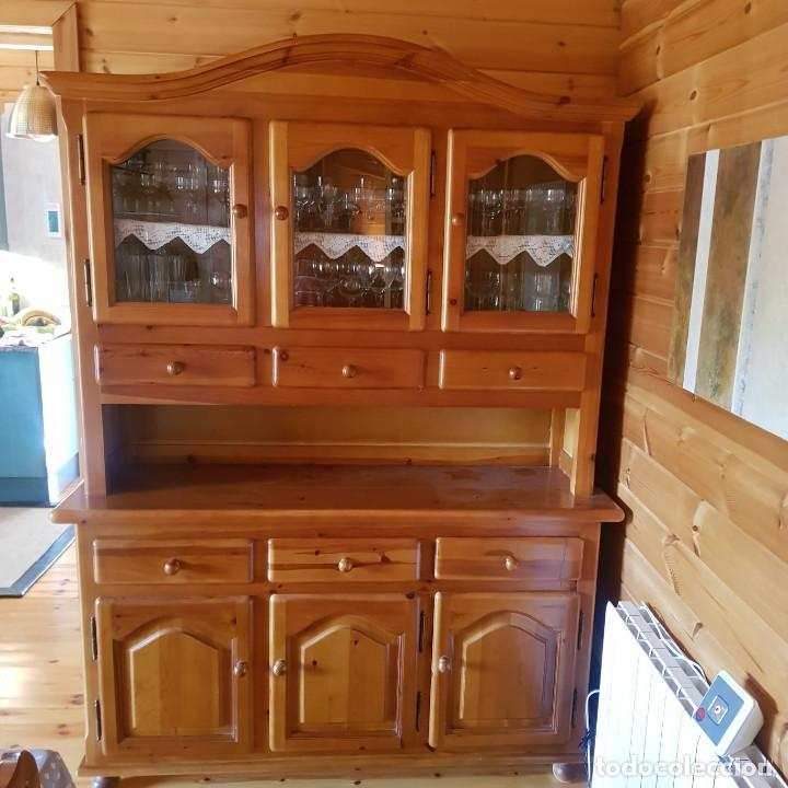 Antigüedades: Mueble comedor con mesa y seis sillas de pino blanco autentico, excelente conservacion. Solo recoger - Foto 5 - 221449435