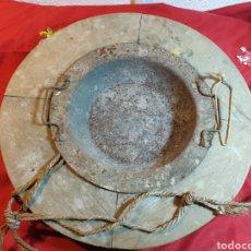 Antigüedades: ANTIGUO BRASERO CALENDADOR PARA LOS PIES. Lote 221505221