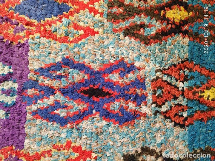 Antigüedades: Altigua alfombra bereber. 1,57 x 63 cm - Foto 7 - 221560643