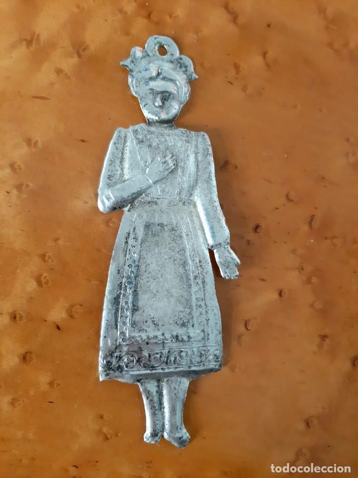 Antigüedades: Exvoto plata XIX. Iglesia, santo, virgen, cap i pota. - Foto 7 - 221569476