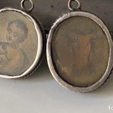 Antigüedades: RELICARIOS MUY ANTIGUOS DE PLATA PAREJA TIENEN 2,5 CMS. DE DIAMETRO. Lote 221582098