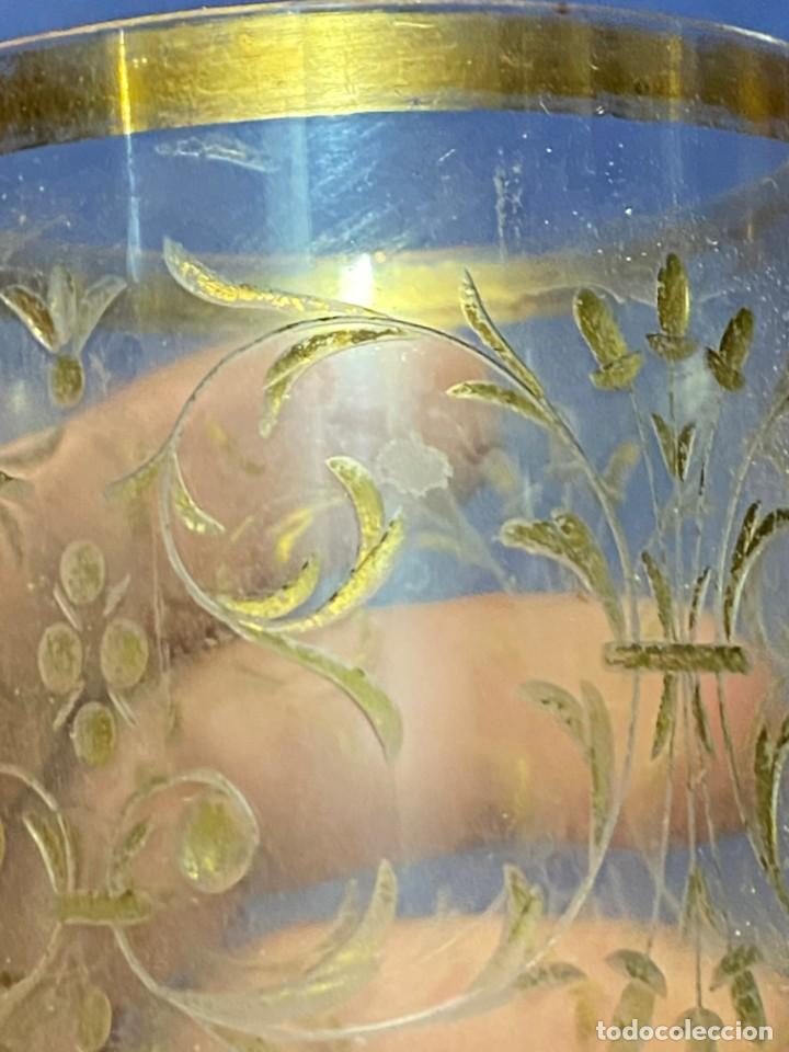 Antigüedades: vaso vidro tallado dorado tipo granja s xix grabado rueda 9x6,5cms - Foto 9 - 221608877