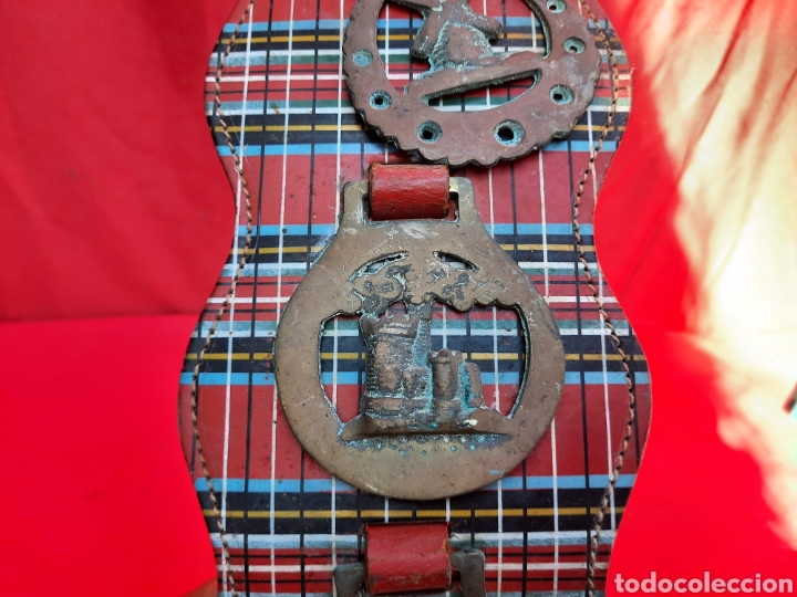 Antigüedades: Collar de cuero con medallas de bronce - Foto 5 - 221616966