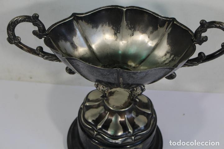 Antigüedades: copa trofeo de alpaca - Foto 6 - 221632283