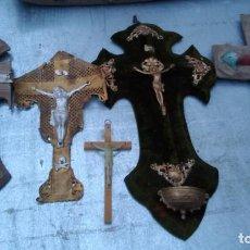 Antigüedades: CRUCIFIJOS ANTIGUOS LOTE SURTIDO, LOS DE LA FOTO. Lote 221646113