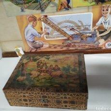 Antigüedades: ANTIGUA CAJA COSTURERO DE MADERA. Lote 221651575