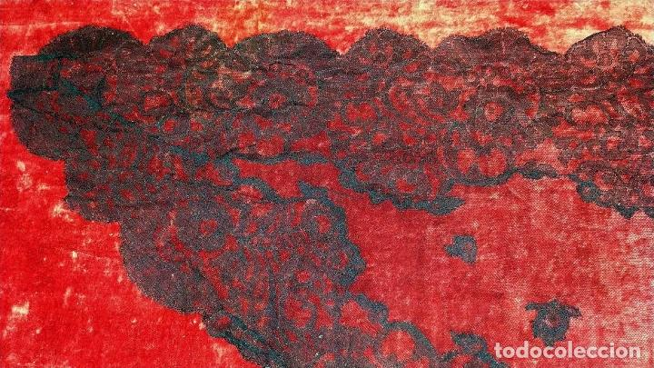Antigüedades: 2 MANTILLAS. ENCAJE SEMI MANUAL. BORDADO SOBRE TUL. ESPAÑA. CIRCA 1950 - Foto 10 - 221657310
