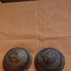 Antigüedades: LOTE 2, PIEZAS DE LATÓN, BRONCE, TAPAS, IDEAL RESTAURADORES. Lote 221688317