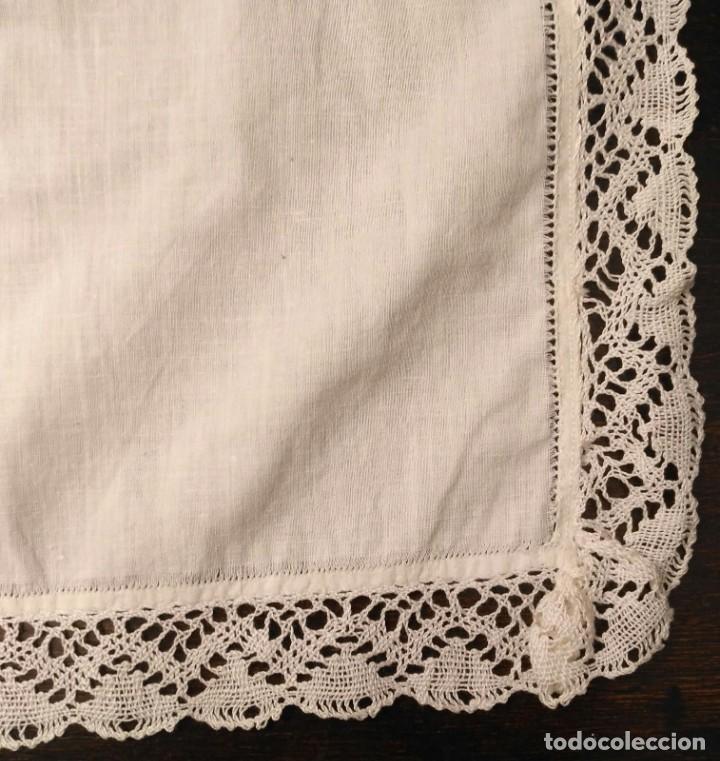Antigüedades: VD 19 Delantal blanco traje regional i/o disfraz - Con trapo polvo - 45cm x 37cm - Foto 3 - 221700627
