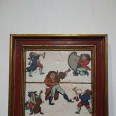 Antigüedades: ANTIGUO CUADRO CON DOS AZULEJOS VIDRIADOS DE MÚSICOS - VER TODAS LAS FOTOS. Lote 221709052