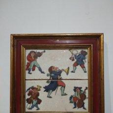 Antigüedades: ANTIGUO CUADRO CON DOS AZULEJOS VIDRIADOS DE MÚSICOS - VER TODAS LAS FOTOS. Lote 221725706