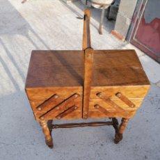 Antigüedades: COSTURERO DE ROBLE EN MUY BUEN ESTADO. Lote 221740320