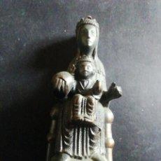 Antigüedades: VIRGEN DE MONTSERRAT EN CALAMINA. Lote 221750353
