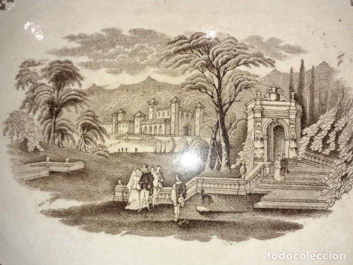 Antigüedades: Preciosa bandeja escenas romanticas, sello San Juan Aznalfarache S.XIX. - Foto 2 - 221761597