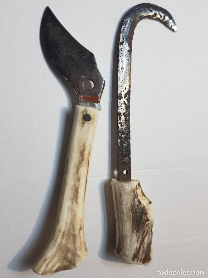 Antigüedades: Útiles agrícolas totalmente artesanos hoz y cuchillo recogida - Foto 2 - 221794785