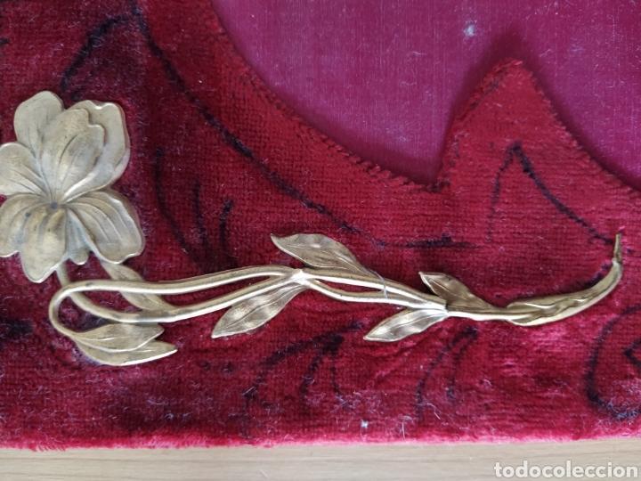 Antigüedades: Preciosa carpeta modernista - ca. 1910 - seda bordada, terciopelo y latón. - Foto 7 - 221807786
