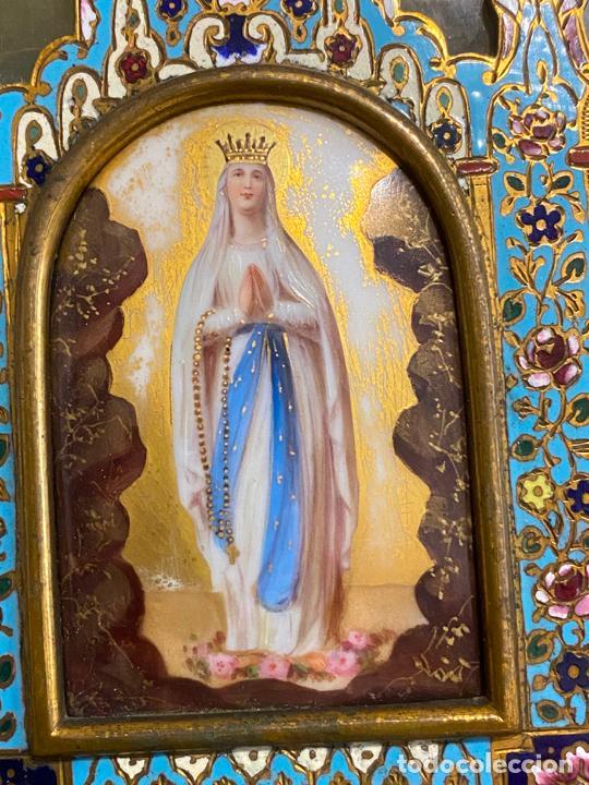 Antigüedades: benditera de 1900 aprox. esmalte cloisonné sobre ónix . virgen pintada a mano - Foto 2 - 221897742