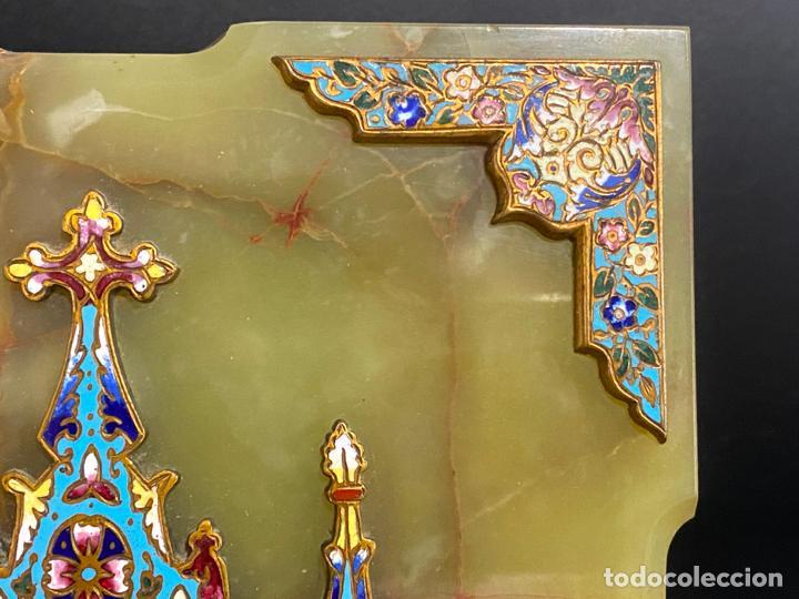 Antigüedades: benditera de 1900 aprox. esmalte cloisonné sobre ónix . virgen pintada a mano - Foto 4 - 221897742