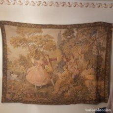 Antigüedades: TAPIZ ESCENA COSTUMBRISTA ,BASTANTES AÑOS.. Lote 221941612