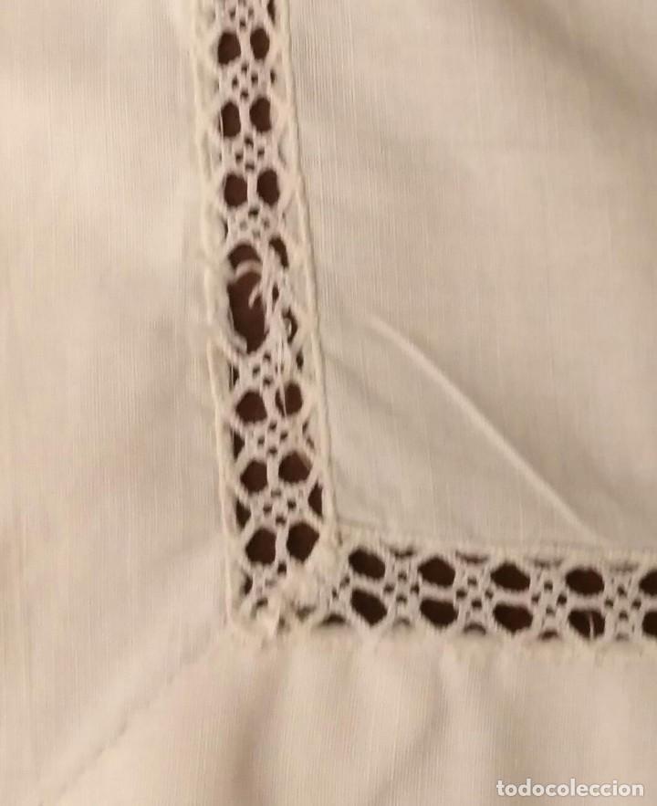 Antigüedades: VD 22 Delantal blanco con bolsillo y puntilla para traje regional i/o disfraz - 28cm x 44cm - Foto 4 - 221941858