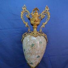 Antigüedades: ENORME JARRON ANTIGUO NAPOLEON EN CERAMICA Y BRONCE. Lote 221955701