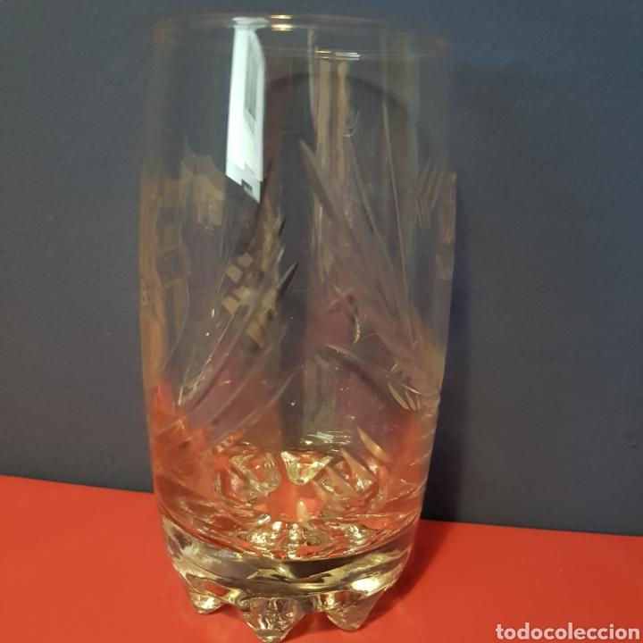 """Antigüedades: Vaso personalizado tallado en cristal de Santa Lucía con el escudo del Barça y el nombre de """"Paco"""" - Foto 3 - 221967912"""