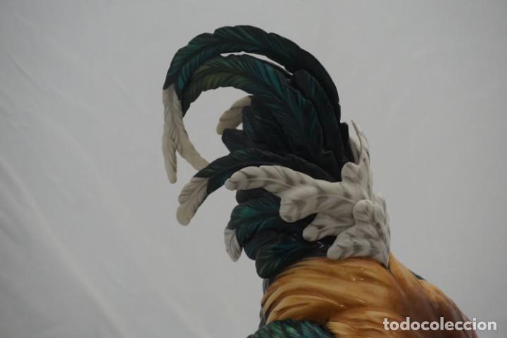 Antigüedades: IMPRESIONANTE PAREJA GALLOS AUTENTICA DE ALGORA - TAMAÑO GRANDE - SELLADAS Y NUMERADAS MARZO 1998 - Foto 6 - 221993915