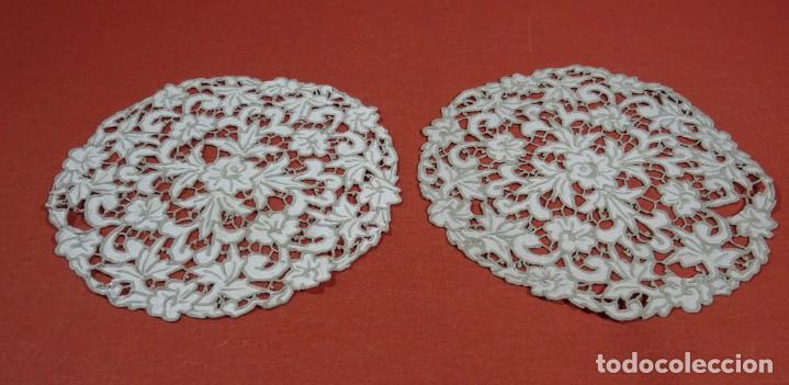 Antigüedades: Pareja de Tapetes Redondos - Foto 2 - 221998446