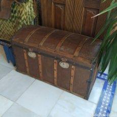Antigüedades: BAÚL ANTIGUO CON INTERIOR RESTAURADO. Lote 222080593
