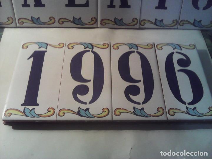Antigüedades: baldosas azulejos con nombre y año - Foto 2 - 222084721