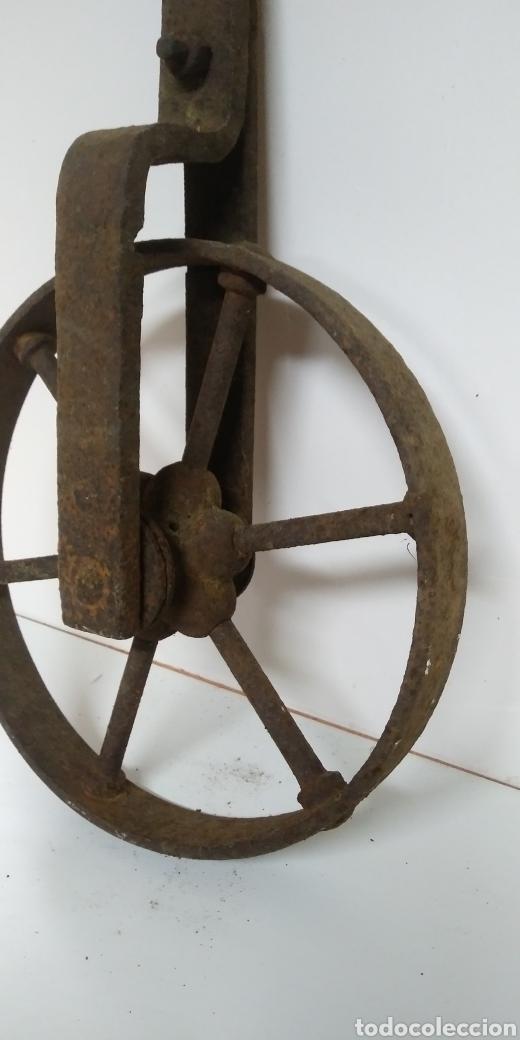Antigüedades: Antigua rueda de hierro , para uso agrario , carreya / carretillo / ideal pieza decorativa - Foto 6 - 222108400