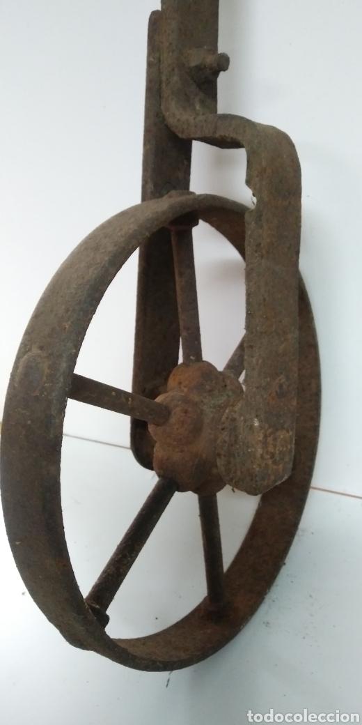 Antigüedades: Antigua rueda de hierro , para uso agrario , carreya / carretillo / ideal pieza decorativa - Foto 8 - 222108400