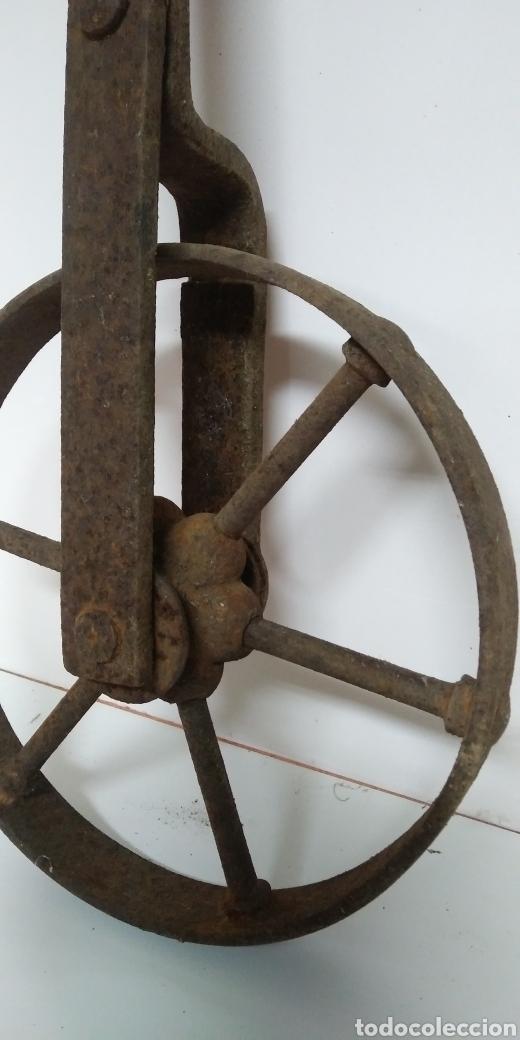 Antigüedades: Antigua rueda de hierro , para uso agrario , carreya / carretillo / ideal pieza decorativa - Foto 9 - 222108400