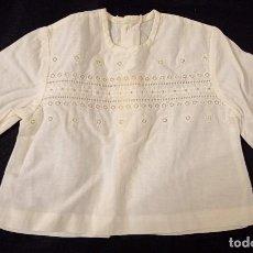 Antigüedades: ANTIGUA CAMISA BORDADA INFANTIL - PPIO. S. XX. Lote 222116465