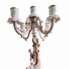 Antigüedades: CANDELABRO DE PORCELANA MEISSEN. Lote 222116757